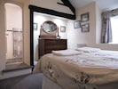 Double room with en-suite shower and garden view