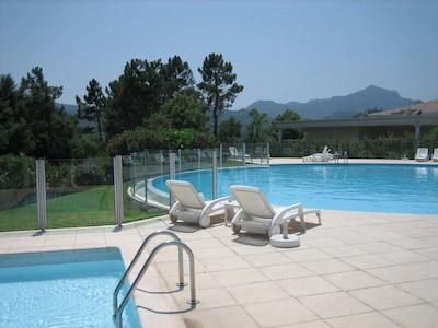 Cannes – Mandelieu. Apartamentos de lujo extremo golf de Barbossi Riviera