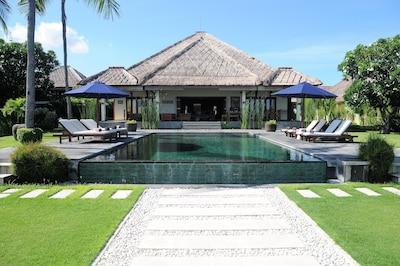 Villa Insulinde  Schwimmbad