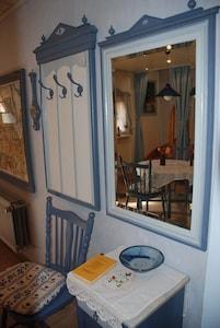 Wohnküche unten Spiegelperspektive