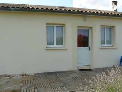 Arveyres, Gironde, France