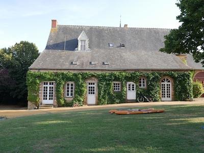 Vion, Sarthe, France