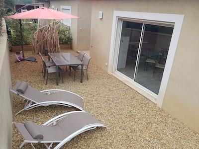 Calme, confort, détente et soleil pour cette appartement 4**** accueillant 5 p.