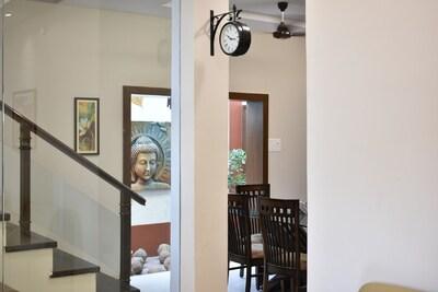 Comfort Living - flat rate $25 per room
