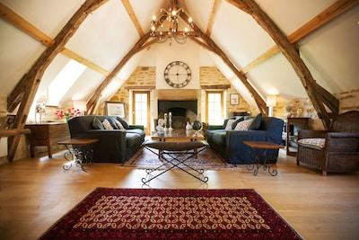 'Blanc' sitting room