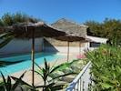 Vue sur la piscine extérieur
