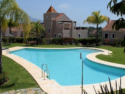 Villa de lujo en la Milla de Oro, entre Puerto Banús y Estepona