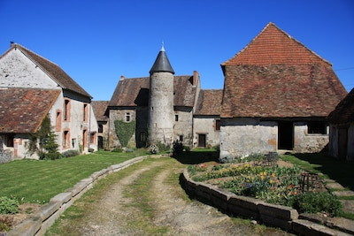 Chateau Mareuil!