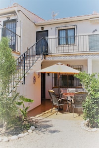 app. in Albir between Beniorm and Altea, walking distance from the sea and village with swimming pool