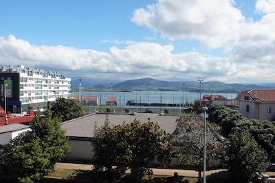 APTO. vistas impresionantes a la bahía . Zona tranquila Cerca Campus Universidad