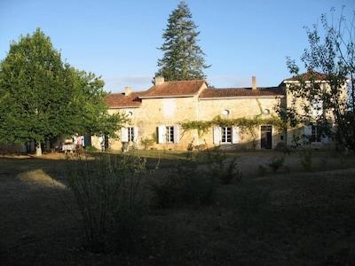 Aunac-sur-Charente, Charente, France