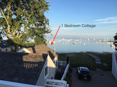 Cottage Location on the Bay/Beach Access