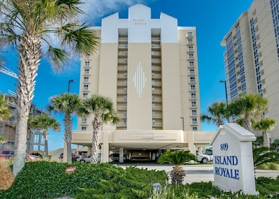 TROPICAL OASIS AT ISLAND ROYALE...GULF SHORES' WEST BEACH PREMIER CONDO