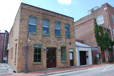 """""""The loft"""" on Old Street ( 2nd floor)  Element Salon ( 1st Floor)"""