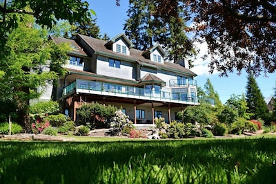 Welcome to The Quintessa on Whidbey Island!