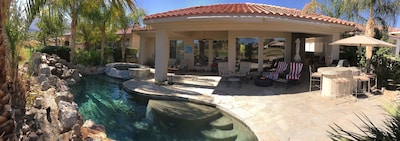 Tropical paradise in the backyard