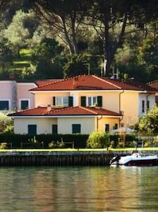 Bocca Di Magra: Appartamento in Villa adatto a famiglie