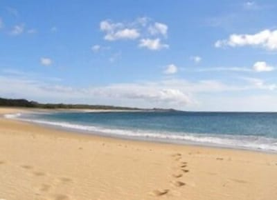 A short stroll to the 3 mile long deserted Papohaku beach