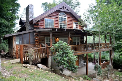 Experience rustic charm and modern amenities at the Lakeside Lodge.
