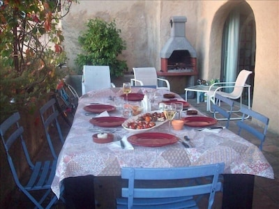 Terrace dining with BBQ grill