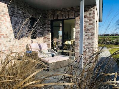 Wintersonne auf der Terrasse