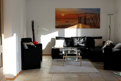 Wohnzimmer mit Morgensonne