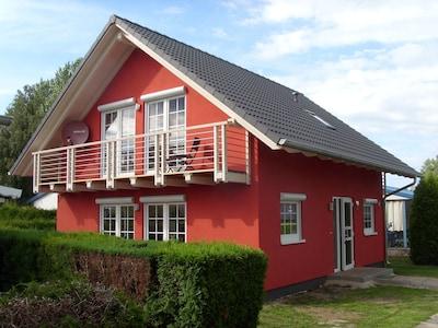 Neuwertiges Ferienhaus in Mönkebude mit Blick über das Stettiner Haff auf Usedom
