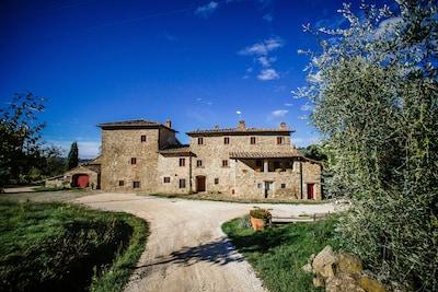 Azienda Agricola Palaia -  Apt Torre con piscina privata
