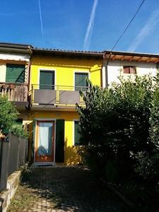 Casetta con vista sulle colline a Vittorio Veneto