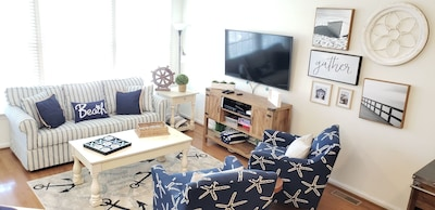 """Main-Lvl Family Rm w/ Queen Pull-Out Sofa, 55"""" Smart TV, Cable, & Blu-ray Player"""