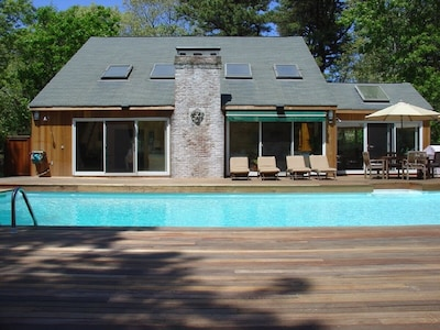 Large heated pool and deck  perfect for sunning!