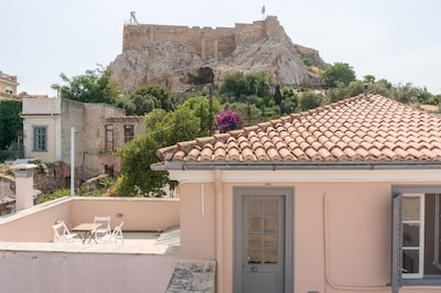 Private roof terrace at the foot of the Acropolis!