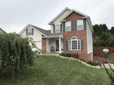 Private home 1.5 miles from Bristol Motor Speedway