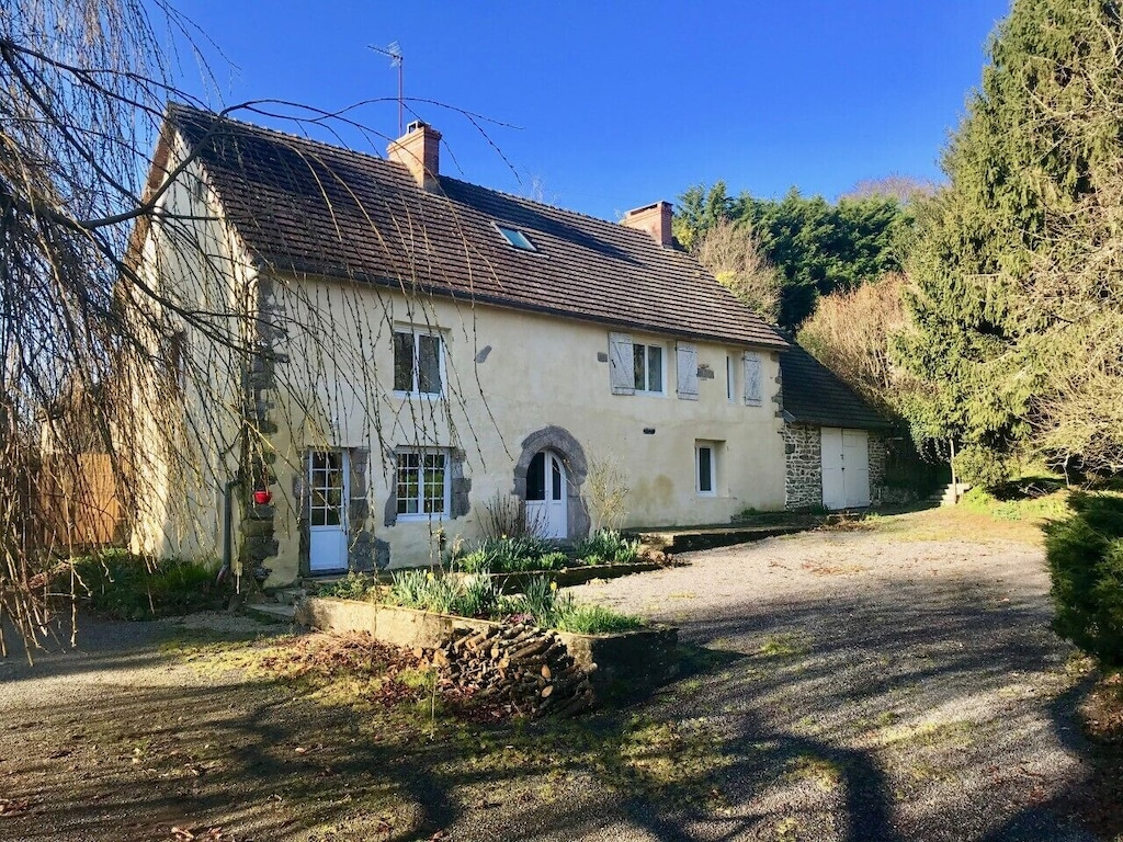 Six Bedroom Country House Set In The Beautiful Countryside Of Normandy France Feugeres
