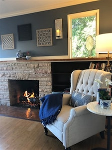 Gas fireplace and reading nook