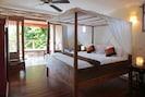 Right By the Beach, 5 Bed Villa,Seminyak