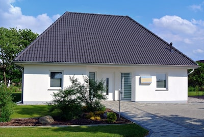 ***** All Inklusive Paket - Modernes Ferienhaus in Hafennähe *****