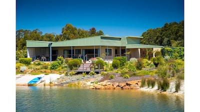 Woodlands Wines, Busselton, Western Australia, Australia