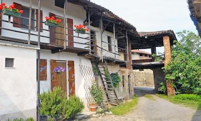Typisches historisches Dorfhaus - Ein magischer Ort, der sich hervorragend für Entspannung, Tourismus und Natur eignet