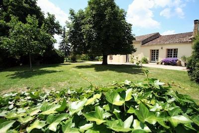 Château de Montaigne, Saint-Michel-de-Montaigne, Dordogne, Frankrijk