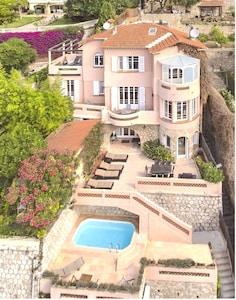 Bucht von Villefranche..... Villa mit 5 Schlafzimmern und Swimmingpool