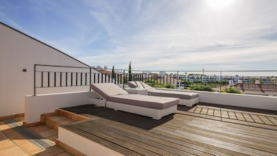 Roof terrace for sun worshippers