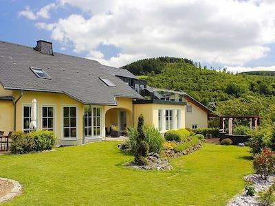 """Ferienwohnung Emde - Apartment """"Sonnenzauber"""" - zwei Schlafzimmer - 65 m² - WLAN"""