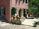 Studio Adriana: can be rented seperately or together with the villa.