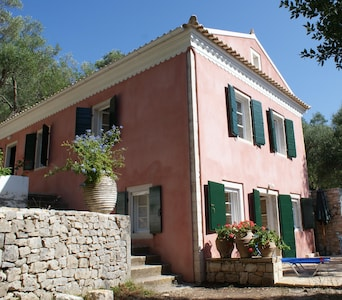 The villa is the upper part of the house.