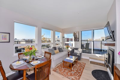 Welcome and relax in your sun drenched living room, sit back & enjoy the view!