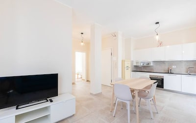 Newly renovated apartment - 2 bedrooms, 1 bathroom and living-room /kitchen