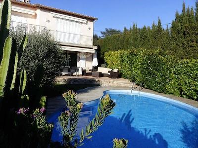 Sehr angenehme Villa unten mit privatem Pool, ruhig, nach Süden ausgerichtet