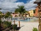 Community pool / hot tub area