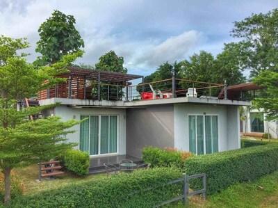 2 Bedrooms Villa with Sea View  (B1)